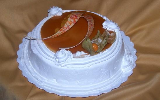 Tarta de crema y nata